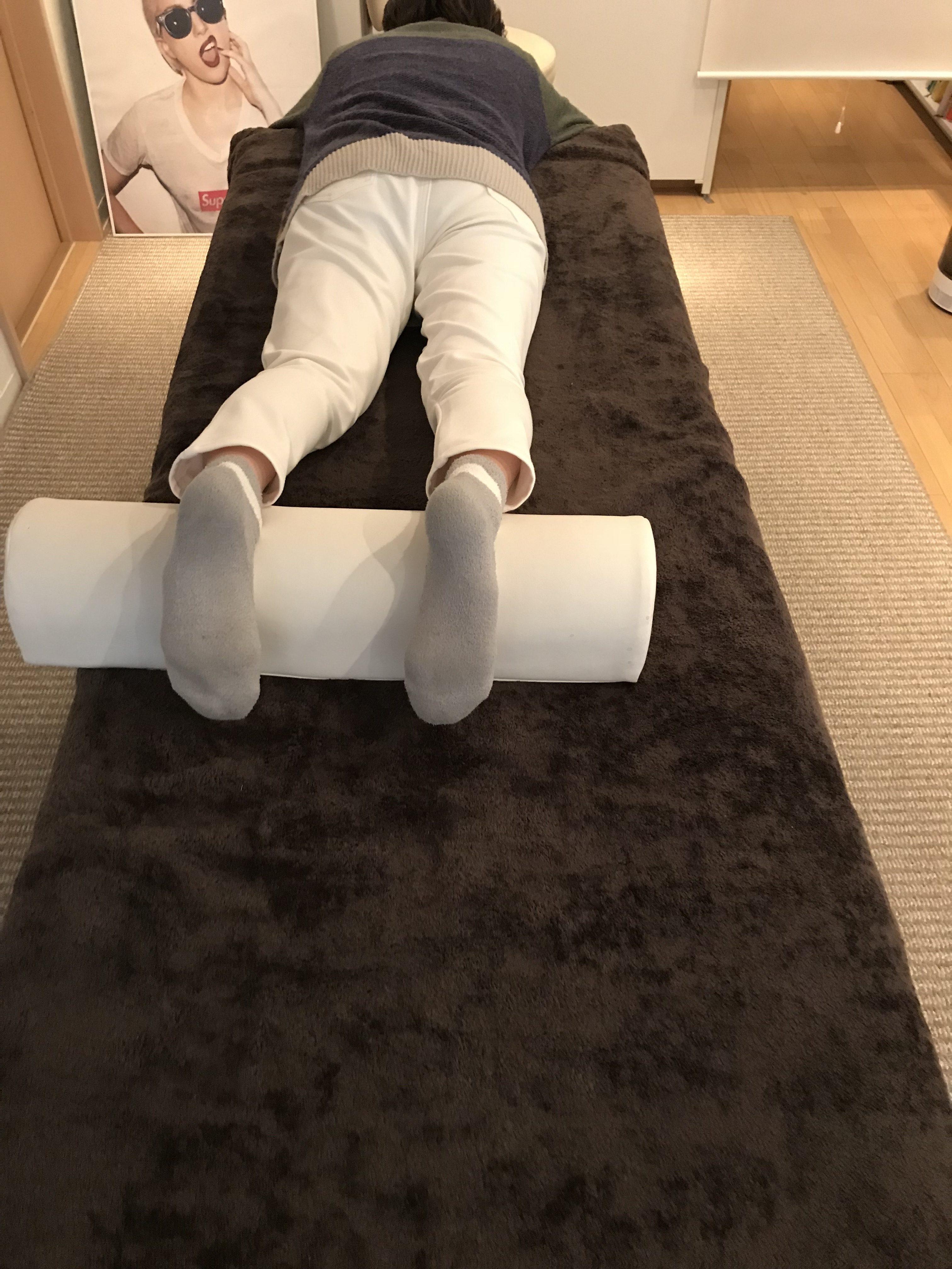 右股関節のねじれと、身体の不調の関係